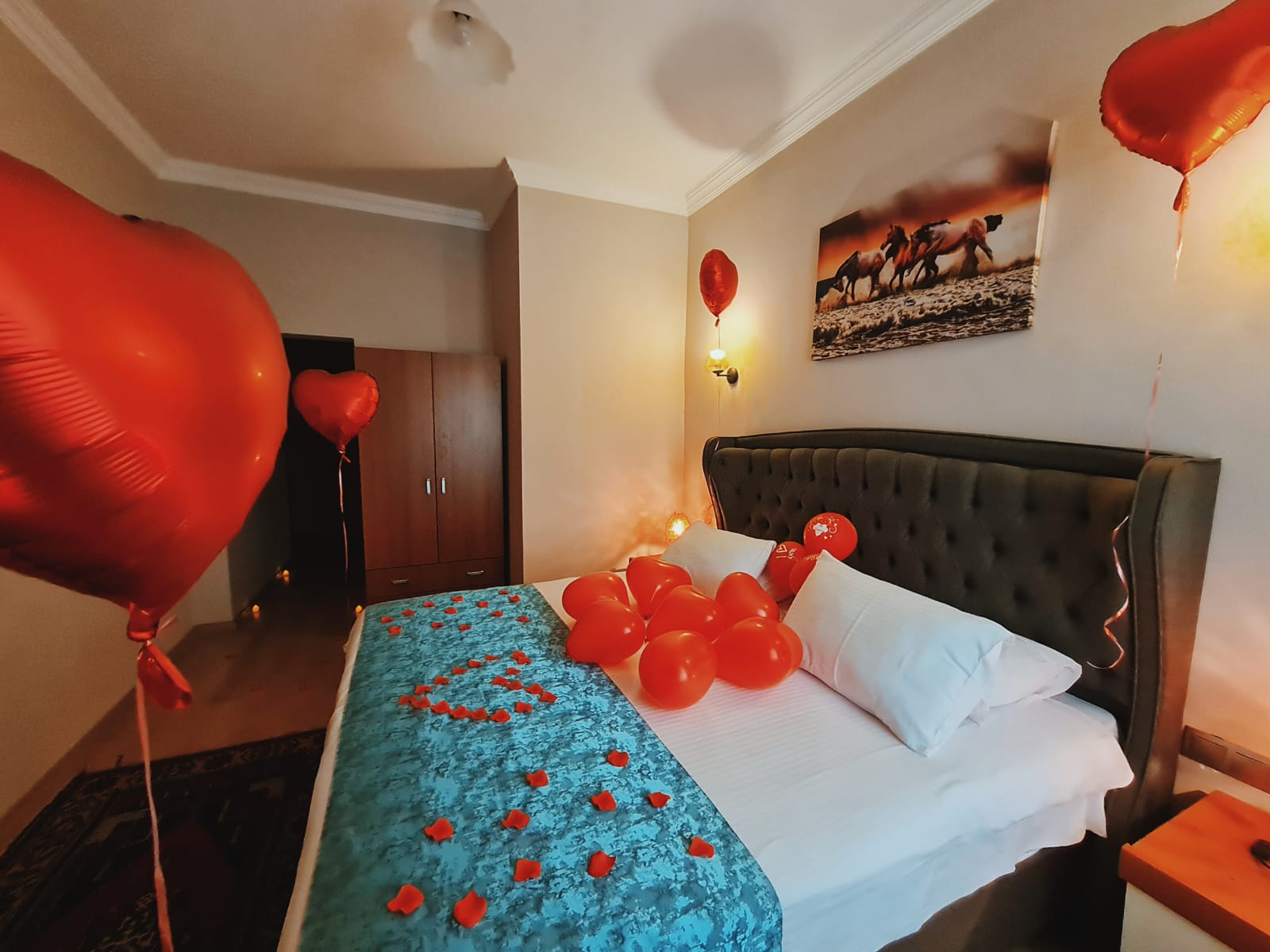 http://yildizhotel.com/wp-content/uploads/Yıldız-Hotel-balayı-3.jpeg